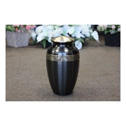 Brass Urn (FM0607)