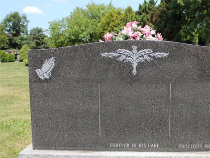 headstone monument